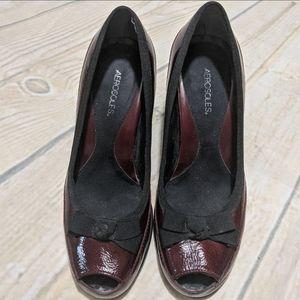 AEROSOLES Front Bow Peep Toe Patent Leather